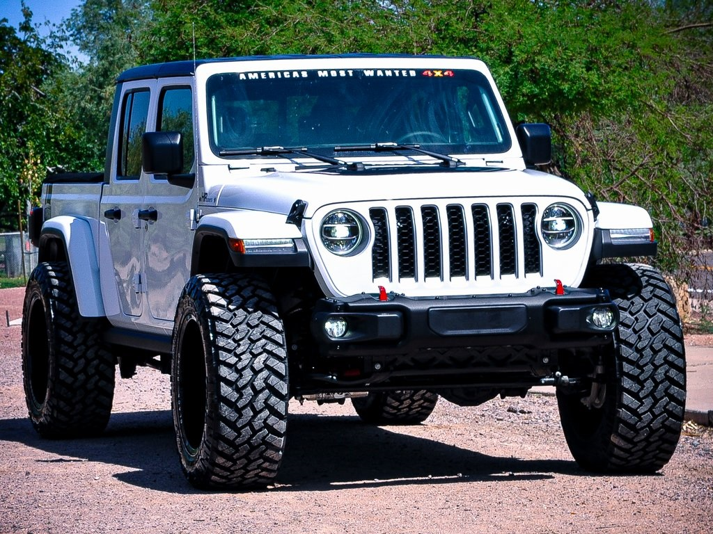 Pre-Owned 2020 Jeep Gladiator Overland
