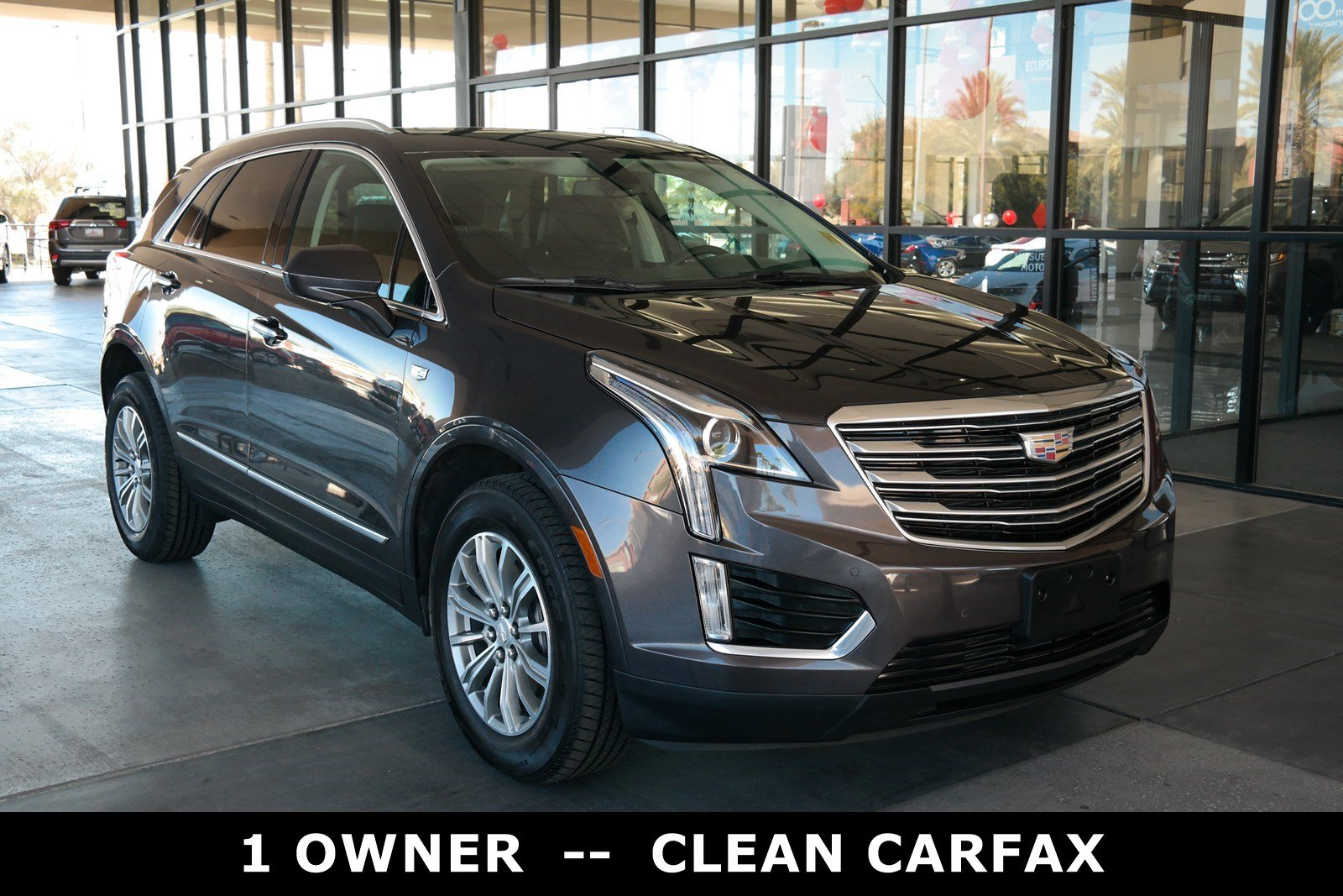 Pre Owned 2017 Cadillac XT5 Luxury AWD Sport Utility in Scottsdale