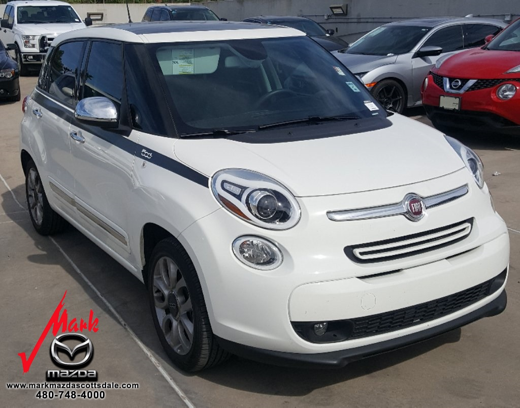 Pre-Owned 2017 FIAT 500L Lounge