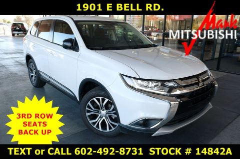 Pre-Owned 2018 Mitsubishi Outlander ES 3ROW