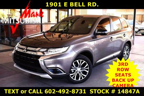 Pre-Owned 2018 Mitsubishi Outlander ES 3 ROW